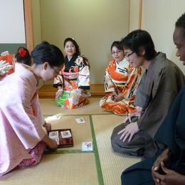 KIMONO AND TEA CLASS<br /><span>December 27, 2011</span>