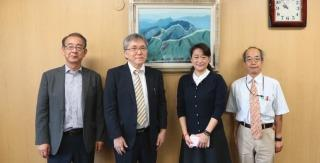 (From left) Vice President Professor Abe, Member of the Board of Directors Dr. Nakano, Ms. Chia-hui Yen and Professor Aoyama