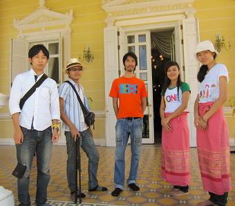 研究室メンバーとバンパイン宮殿へ小旅行